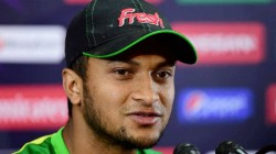 Bangladesh Allrounder Shakib Injured During Odi Against Ireland
