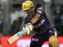 Twitter Slams Kkr Player Robin Uthappa For His Slow Innings Against Mumbai