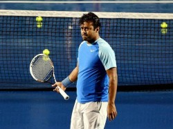Leander Paes Crashes Out
