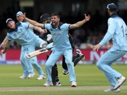 England Pacer Mark Wood Bowls Fastest Delivery Of The World Cup