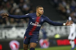 Psg Beat Metz In French League