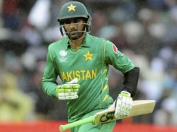 Pakistan Player Shoaib Malik Hits Glass Breaking Sixes In Global T