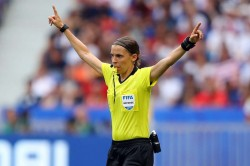 Stephanie Frappart To Referee Uefa Super Cup
