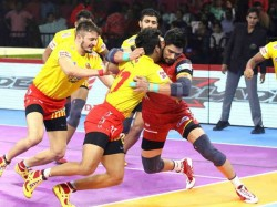 Pro Kabaddi League Gujarat Fortune Giants Beats Bengaluru Bulls