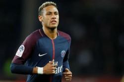 Rennais Fan Attack Neymar
