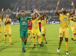 Kerala Blasters Isl 4 Million Fans