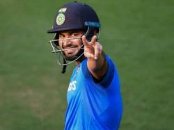 Indian Wicket Keeper Rishabh Pant Trains With Kiran More