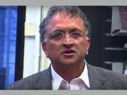 Former Coa Member Ramachandra Guha Refuses Money For Compensation
