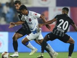 Atk Odisha Fc Indian Super League Match In Pune