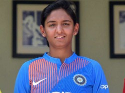 Indian Player Harmanpreet S Stunning One Handed Caltch Goes Viral