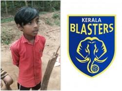 Kerala Blasters Invites Kids Who Held Meeting For Football Fund