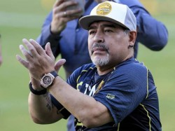 Diego Maradona Resigns As Coach Of Argentina S Gimnasia