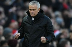 Jose Mourinho Thanks Ball Boy After Win Against Olympiakos