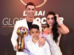 Cristiano Ronaldo Named Best Mens Player At The Dubai Globe Soccer Award
