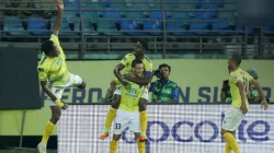 Kerala Blasters Beats Hyderabad Fc In Indian Super League Match