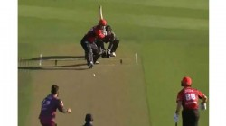 Leo Carter Hits 6 Sixes In An Over In T20 Super Smash