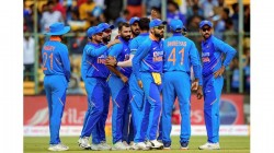 Why Indian Team Wearing Black Arm Bands Against Australia
