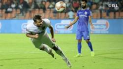 Isl Chennaiyin Fc Defeat Mumbai Fc Gets Into Play Off