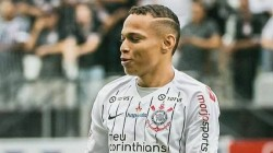 Brazilian Team Corinthians Player Sent Off For Celebration