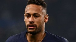 Neymar Wants To Play But Psg Afraid