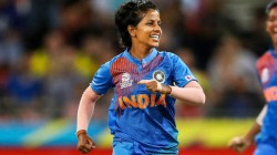 Indian Opener Smriti Mandhana Can Score Double Century In Odi Says Teammate Poonam Yadav