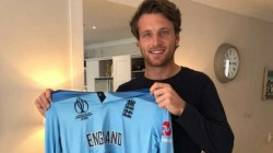 England Star Buttler Raises 65000 Euros By Auctioning His World Cup Jersey