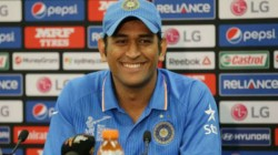 Former Indian Captain Ms Dhoni Shunned A Reporter During India S England Tour