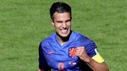Robert Lewandowski Deserve Ballon D Or This Year Robin Van Persie