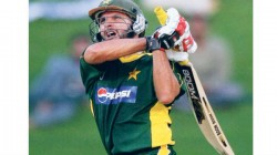 Azhar Mahmood Reveals Shahid Afridi Used Sachin Tendulkar S Bat While Scoring Fastest Century