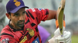 Ipl 2020 Rajasthan Player Robin Uthappa In Trouble After Spotted Applying Saliva On The Ball