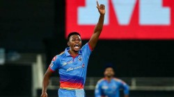 Ipl 2020 Rabada Creates History Becomes First Bowler To Pick Wicket In Most Consecutive Matches