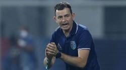 Isl 2021 Lose Against Hyderabad Kerala Blasters Sack Head Coach Kibu Vicuna