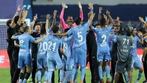 ISL 2020-21: കിരീടത്തില് മുംബൈ മുത്തം! ഇന്ത്യന് ഫുട്ബോളില് പുതിയ രാജാക്കന്മാര്