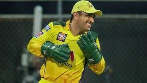 IPL 2021: ക്യാപ്റ്റന്സിയില് ധോണി ഒരു മാറ്റം വരുത്തി! സിഎസ്കെയുടെ തിരിച്ചുവരവിനെക്കുറിച്ച് ചോപ്ര